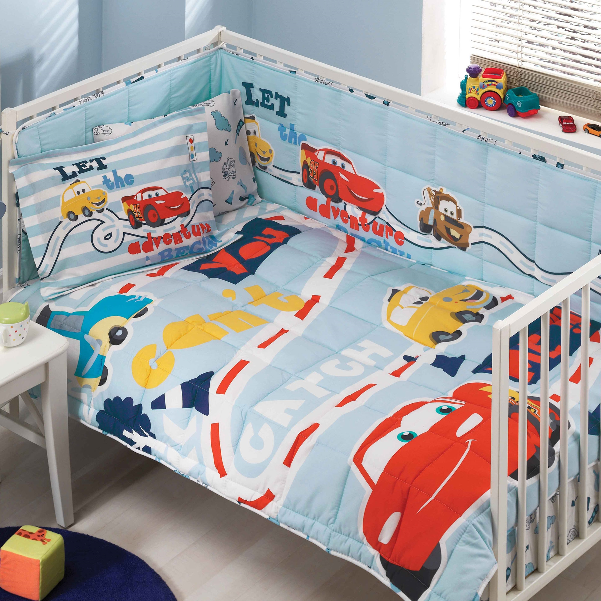 resm Taç Disney Cars Baby Uyku Seti